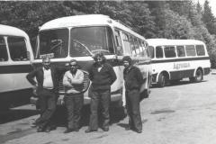 Autobusy Agromy z kierowcami do przewozu pracowników A46-8900015